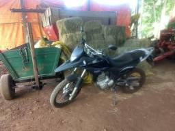 Moto impecável - 2012