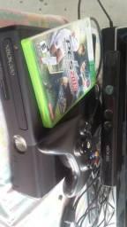 Xbox360 com um controle com kitnet troco por celular ou vendo