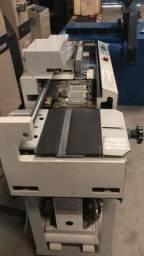 Máquina Gráfica Coladeira de capa