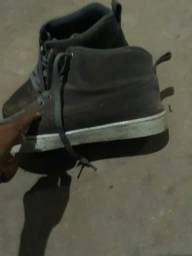Sapato cano longo