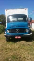 1113 Baú / Caminhão