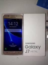 J7 metal dourado novo completo