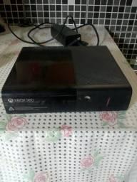 Console xbox 360 não é destravado. é só xbox sem controle sem jogo sem hdmi. só vendo !