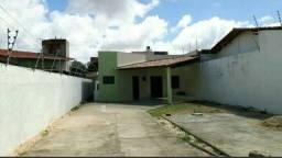Excelente casa em Capim Macio