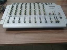 Vendo mesa de som
