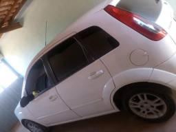 Fiesta hatch 1.6 - 2009