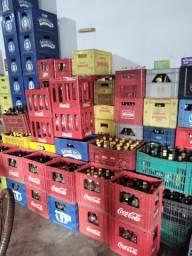 Vendo caixas de bebidas preço a cobinar