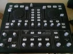 BCD3000 - Controladora / Mesa Mixer para DJ's - Behringer + Drives windows - Seminova