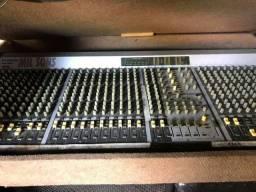 2 mesas analogicas de som 32 canais