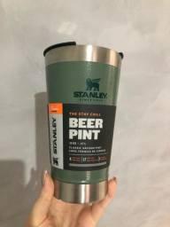 Copo Stanley Beer Pint com tampa