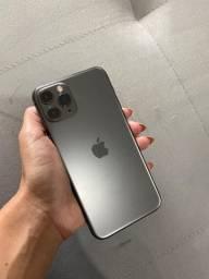 IPhone 11 Pro com nota