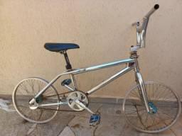 Título do anúncio: Bicicleta aro 20 BMX CALYPSO