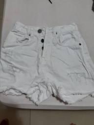 Título do anúncio: Vende-se short branco