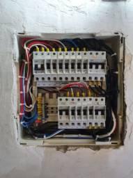 Eletricista idôneo
