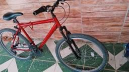 Bicicleta SEMI-NOVA (poucos meses de uso) pra vender rápido