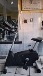 Uma bicicleta Embrex 361