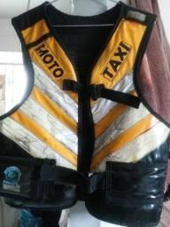 Título do anúncio: Vendo colete moto taxi