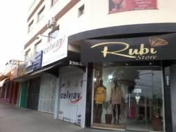 Título do anúncio: Aluga Salas Comerciais localizada na Avenida Ana Jacinta Pres. Prudente