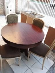 Mesa colonial com 4 cadeiras