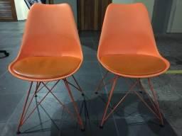 Cadeiras em ótimo estado!