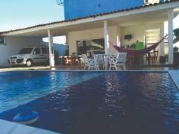 Alugo apartamento para casal natal e final de ano, piscina 50 metros da praia