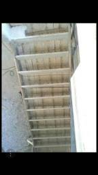 Escada treliçada