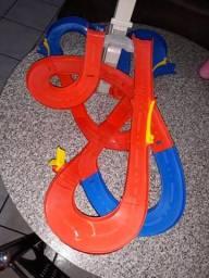 Pista hotwheels barbada 150 reais