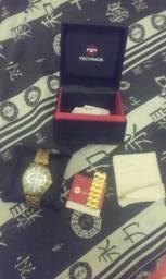 Relógio tecnhos Dourado