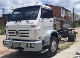 Caminhão 13.180 - 2002