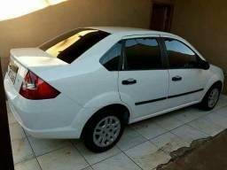 Fiesta sedan 2006 - 2006