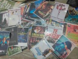 Vendo mais de 150 DVDs