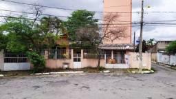 Título do anúncio: Casa 2 Casas Terreno Lote 490m² Rua 79 Centro Setor Central
