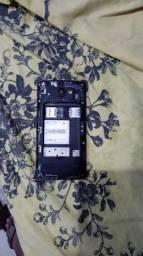 Vendo um celular LG H342f com defeito