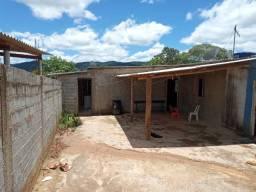 Chácara Pequena Medindo 1.826 m² em Juquitiba SP