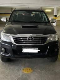 Vendo Hilux 12/12 SRV - 2012