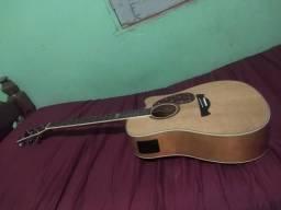 Vendo violão com capa e acessórios