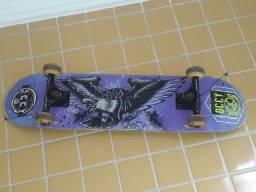 Skate. proteção completa é chave para manutenção. TUDO SEMI NOVO R$250