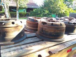 Rodas usadas 1000 x 20 de ferro 10 furos