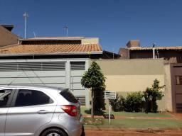 Casa semi nova Monte Castelo 370.000