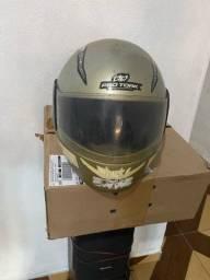 Título do anúncio: Vendo capacete 100,00