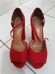 Sandalia vizzano vermelha