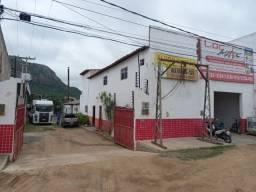 Galpão industrial em BR 232 KM 414  com garagem    200mm2 mais patio