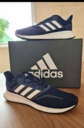 Tênis Adidas original tamanho 41 ou 42 novo na caixa lacrado
