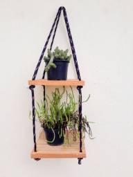 Prateleira dupla para pendurar plantas