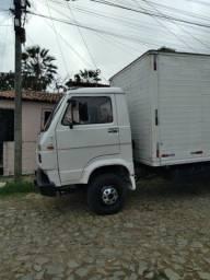 Vendo ou caminhão todo em dia no ponto de transferir