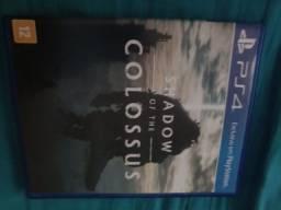 Vendo shadow Colossus ps4