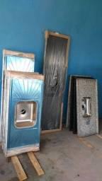 Pias na promoção de mármore e pia de inox