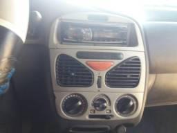 Fiat Palio 2000/2001 - 2001