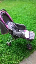 Carrinho e bebê conforto rosa e cinza