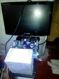 Várias peças para computador